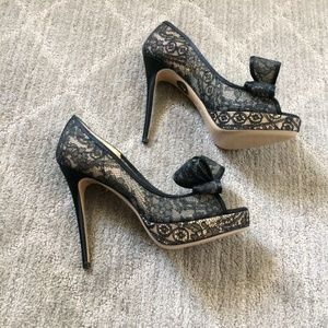 NEW Valentino Black Lace Double Bow Pumps